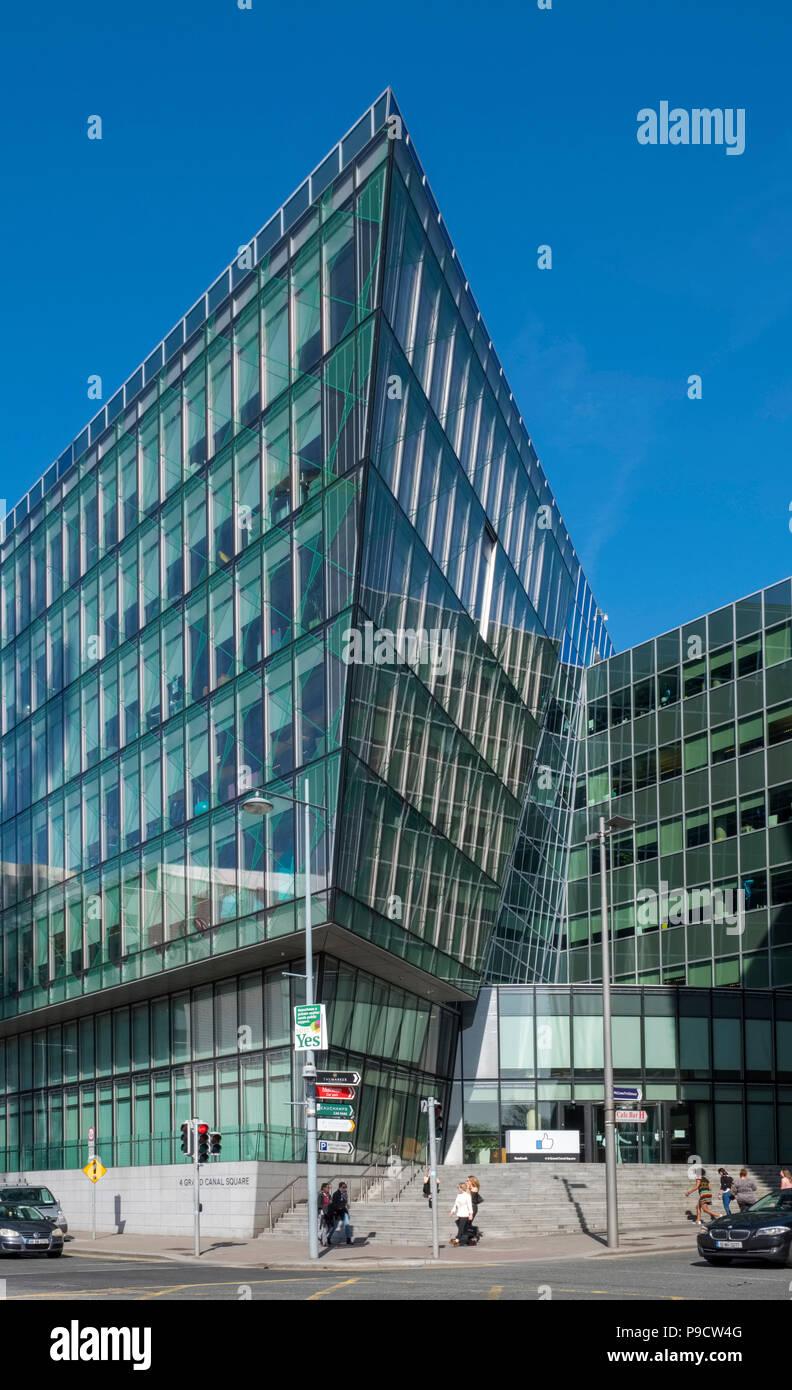 Sede La Sede de Facebook en Dublín, Irlanda, Europa Imagen De Stock