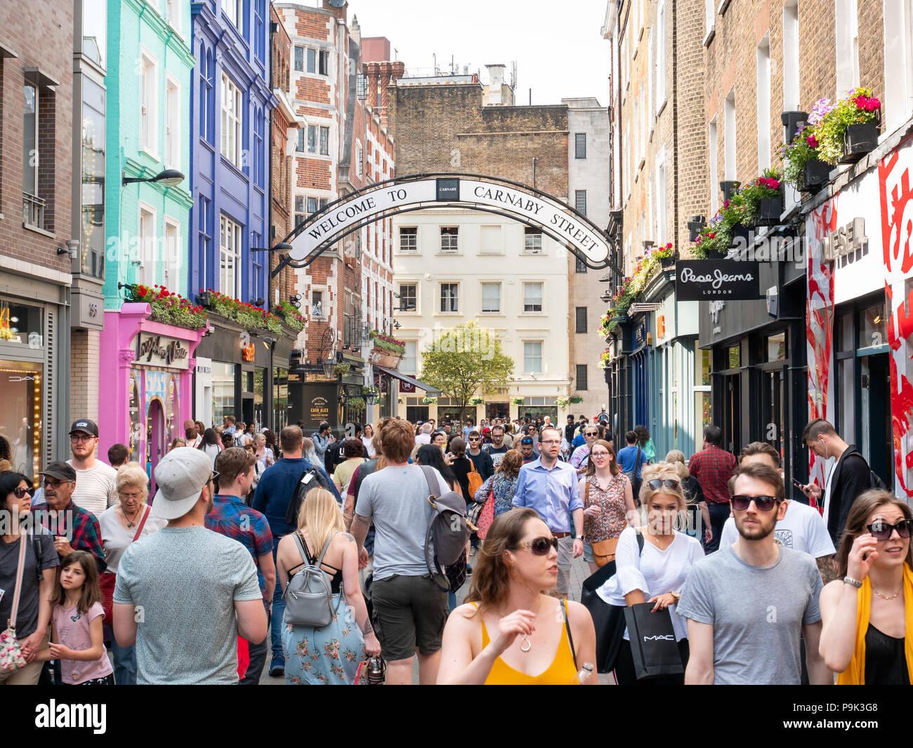 Carnaby Street, Londres, Reino Unido. Imagen De Stock
