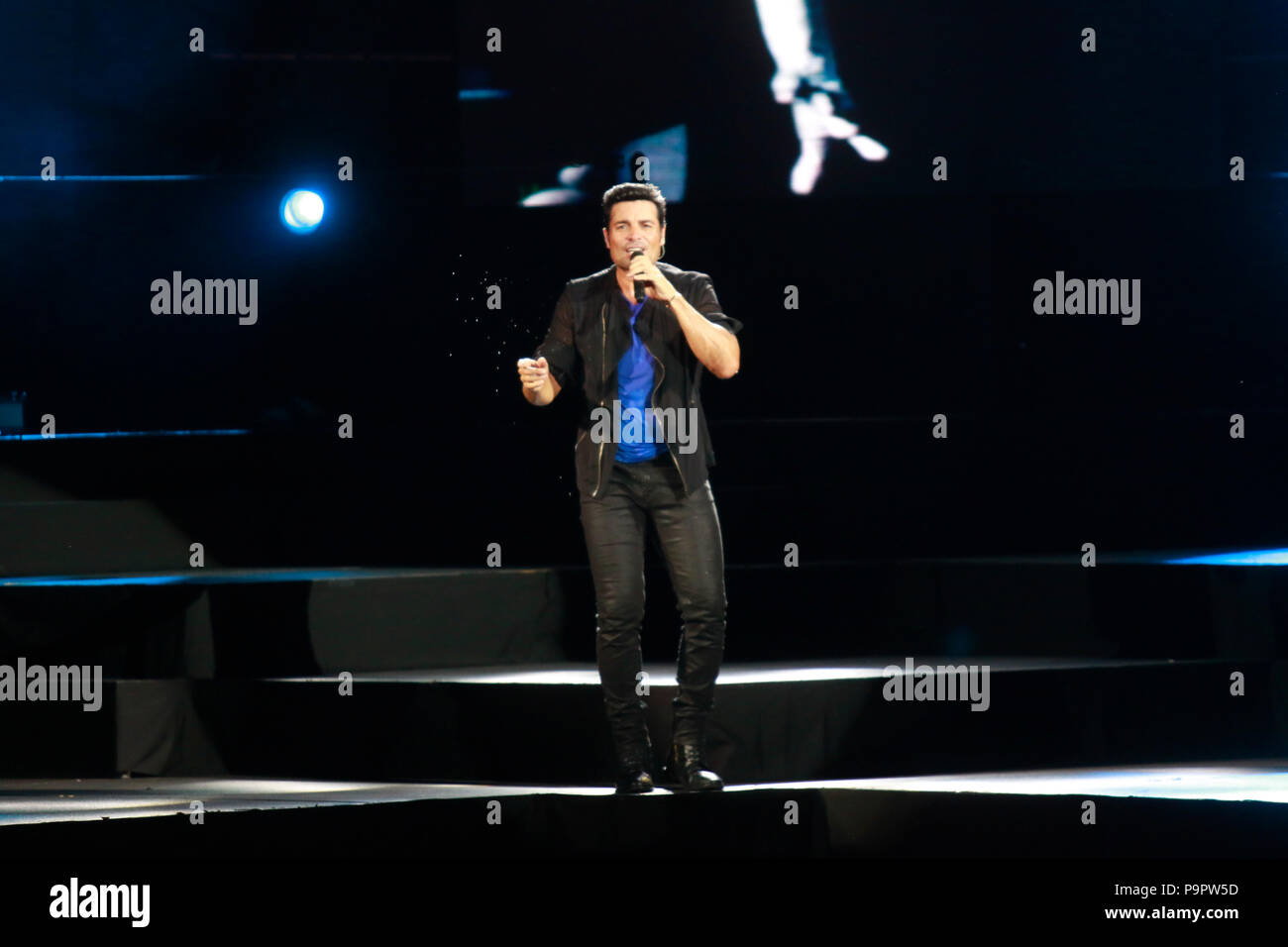 El cantante, actor y bailarín puertorriqueño Chayanne , durante su concierto en el Anfiteatro AVA de casino del Sol en Tucson, Arizona, el 4 de sep Foto de stock