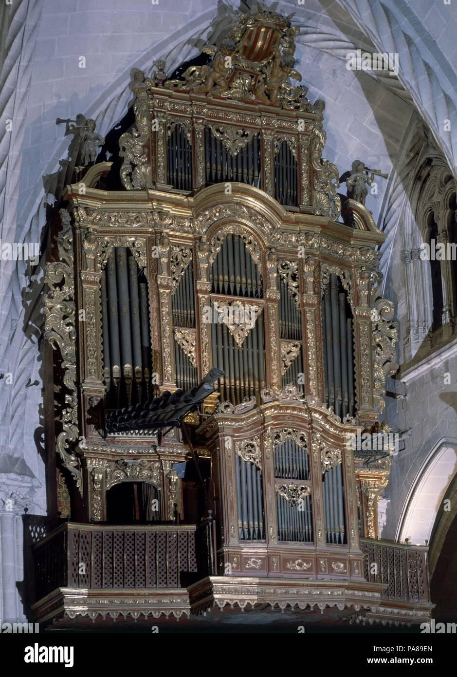 ORGANO. Ubicación: Catedral, Orihuela, Alicante, España. Imagen De Stock