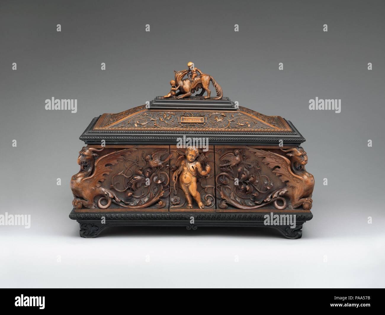 Cofre de joyas. Cultura: italiano, Siena. Dimensiones: 11 x 15 x 10 ...