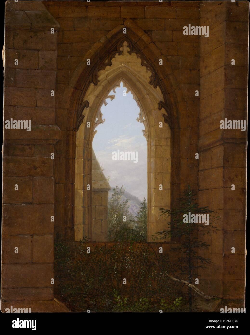 Ventanas góticas en las ruinas del monasterio en Oybin. Artista ...