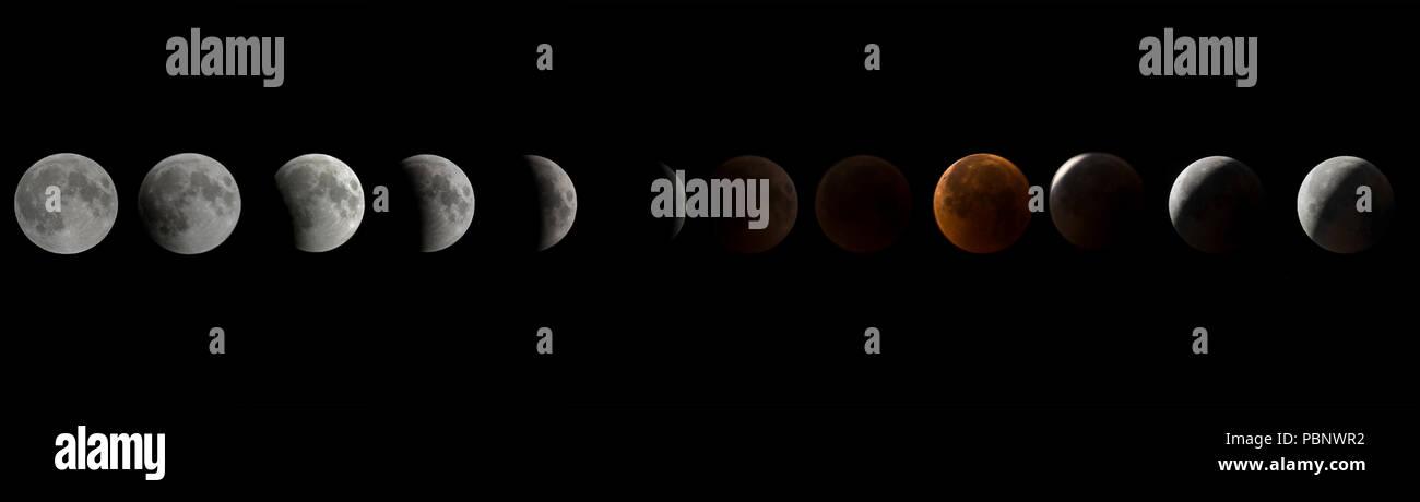 Una secuencia de la sangre Luna eclipse lunar fotos fueron tomadas en aeródromo de Bagram, Afganistán, 27 de julio de 2018. Mientras que los eclipses lunares ocurren esporádicamente durante todo el año, éste en particular fue el más largo eclipse que ocurren en el siglo XXI. Esto sólo fue posible porque la luna estaba cerca de su punto más alejado de la tierra y orbitando lentamente, fundamentalmente haciendo que tome más tiempo para viajar a través de la sombra de la tierra. La tierra también estaba cerca de su punto más alejado del sol, haciendo que la sombra de la Tierra se vean más grandes. El próximo eclipse lunar total será el 21 de enero de 2019, y será visible en América del Norte Foto de stock