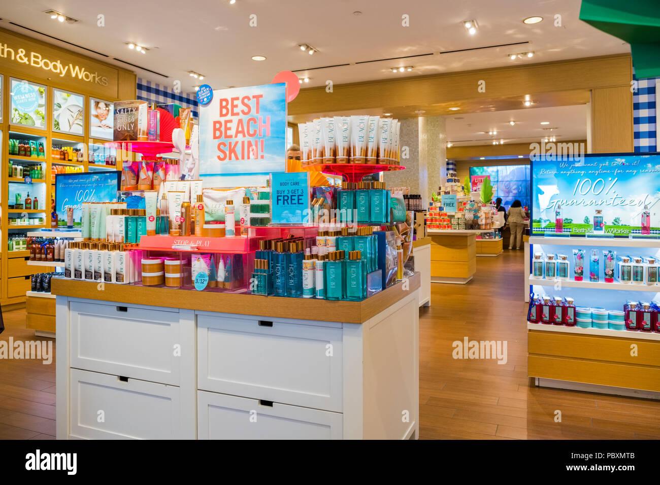 4a58c484f Bath And Body Shop Imágenes De Stock   Bath And Body Shop Fotos De ...