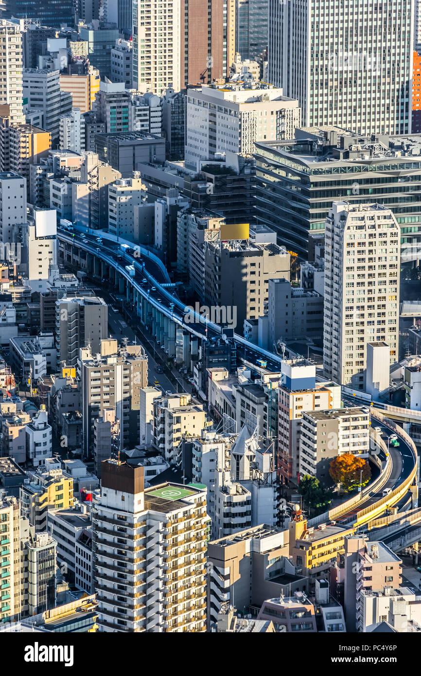 Concepto de negocio de Asia para bienes inmuebles y construcción corporativa - vistas panorámicas del horizonte de la ciudad de ojo de pájaro moderno vista aérea de la zona metropolitana de Tokio y Odaiba E Foto de stock