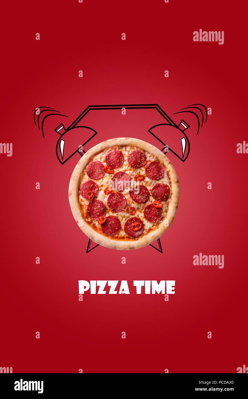 Pizza y despertador dibujadas a mano ilustración sobre fondo rojo. La inscripción tiempo de pizza. Diseño creativo de menú, cafetería, restaurante. Foto de stock