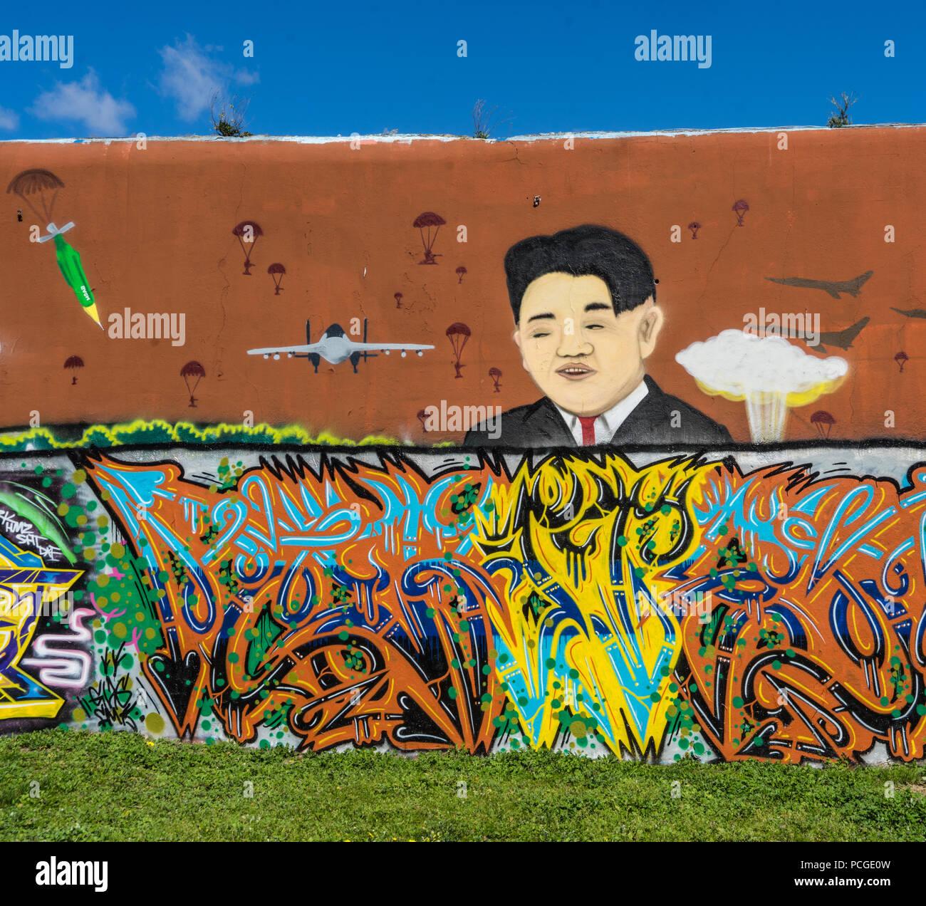 Lisboa, mural mostrando dictador coreano Kim Jong-nu Imagen De Stock