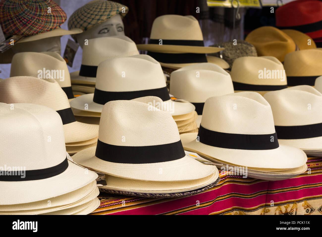 a77bd745acda9 Panama Hat Hats Imágenes De Stock   Panama Hat Hats Fotos De Stock ...