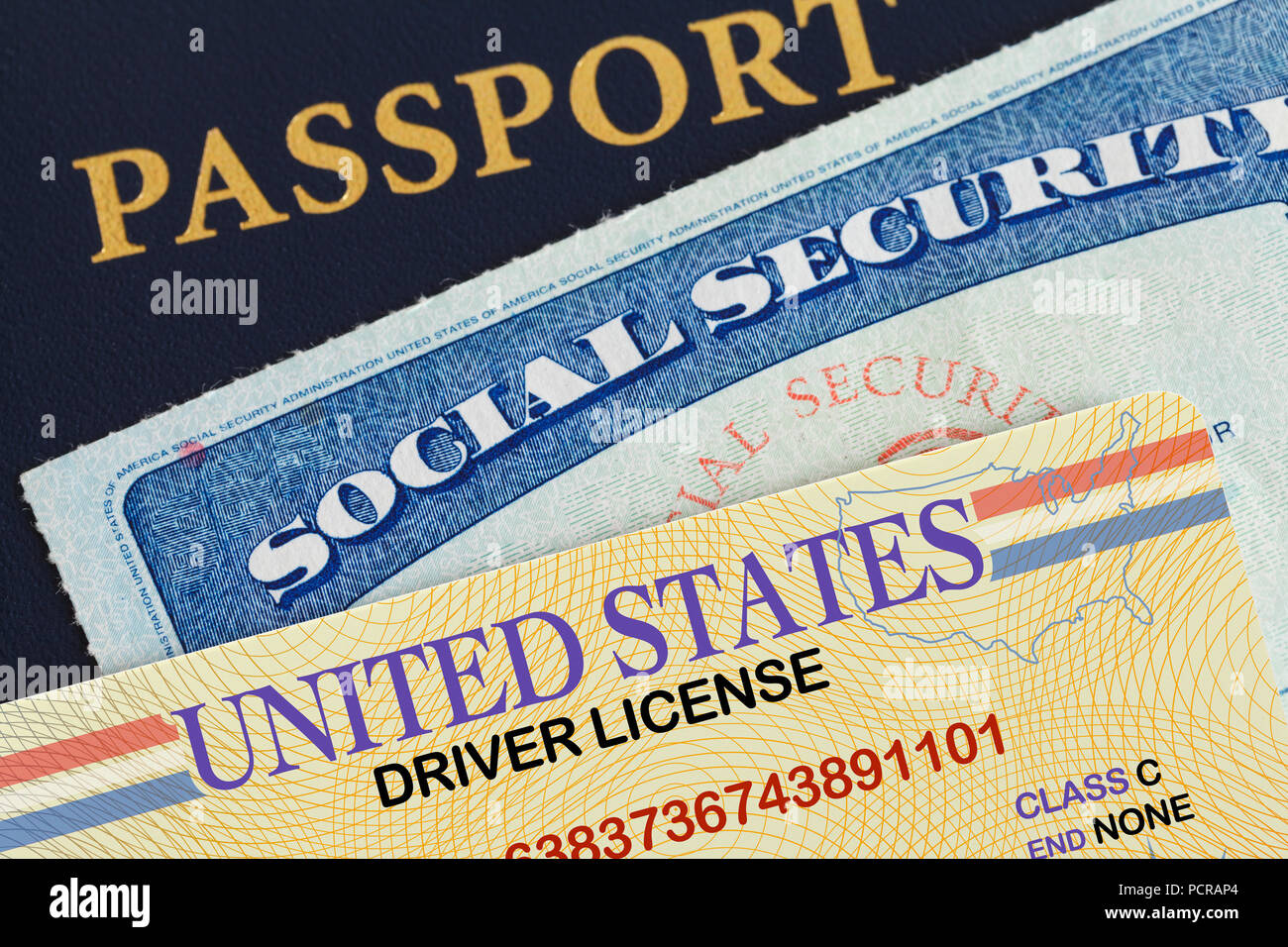 Ee.Uu. Pasaporte con Licencia de Conducir y Tarjeta de la Seguridad Social. Imagen De Stock