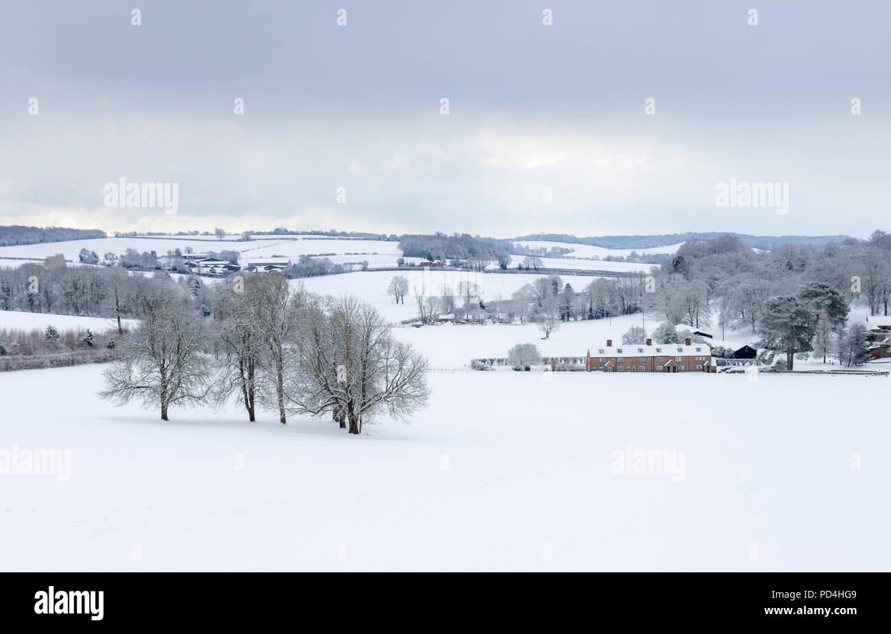 El Kent Downs durante las nevadas en la ola de frío de febrero de 2018 Foto de stock