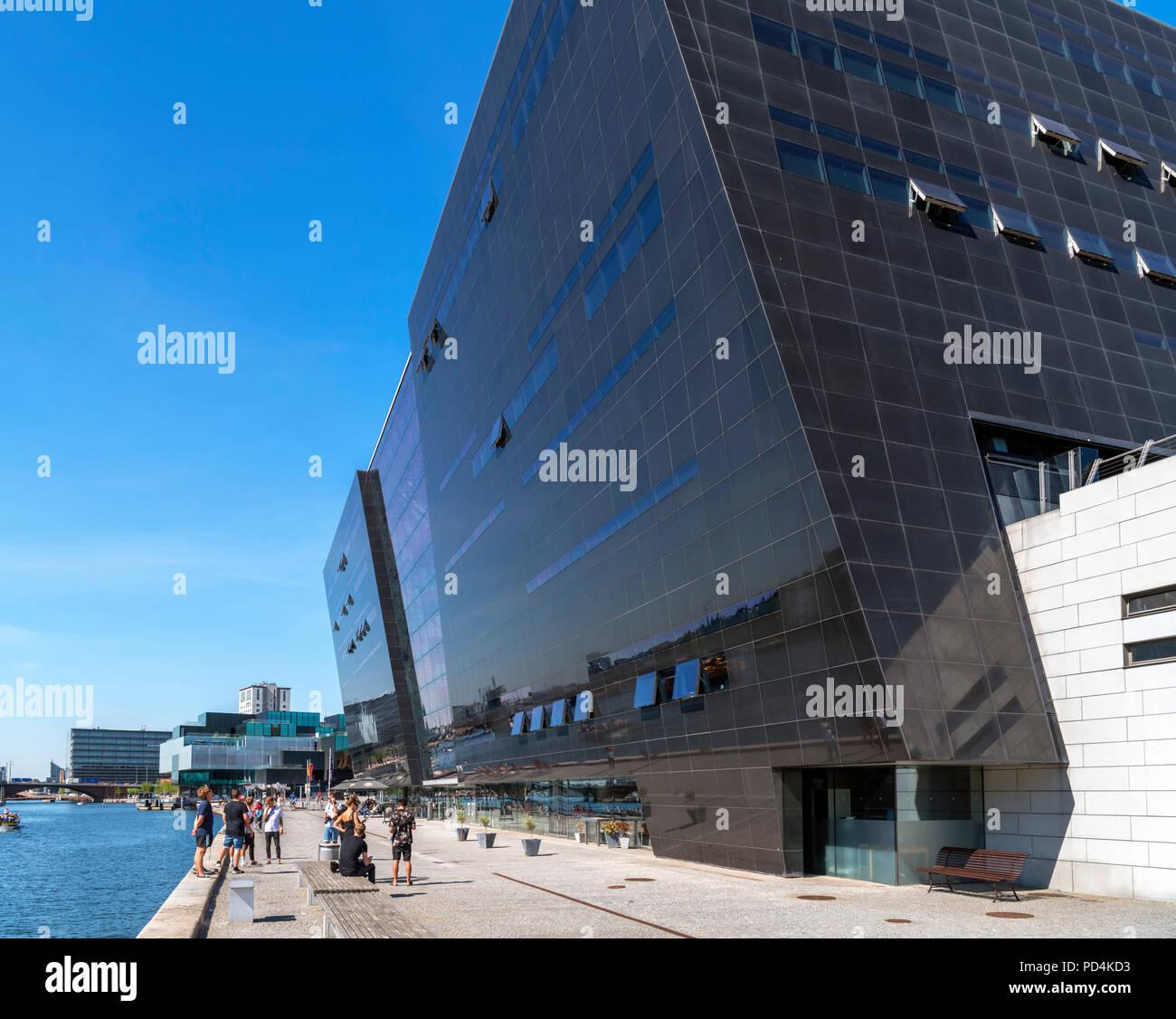 El Diamante Negro, una extensión moderna de la Royal Library ( Det Kongelige Bibliotek ), Slotsholmen, Copenhague, Zelanda, Dinamarca Foto de stock