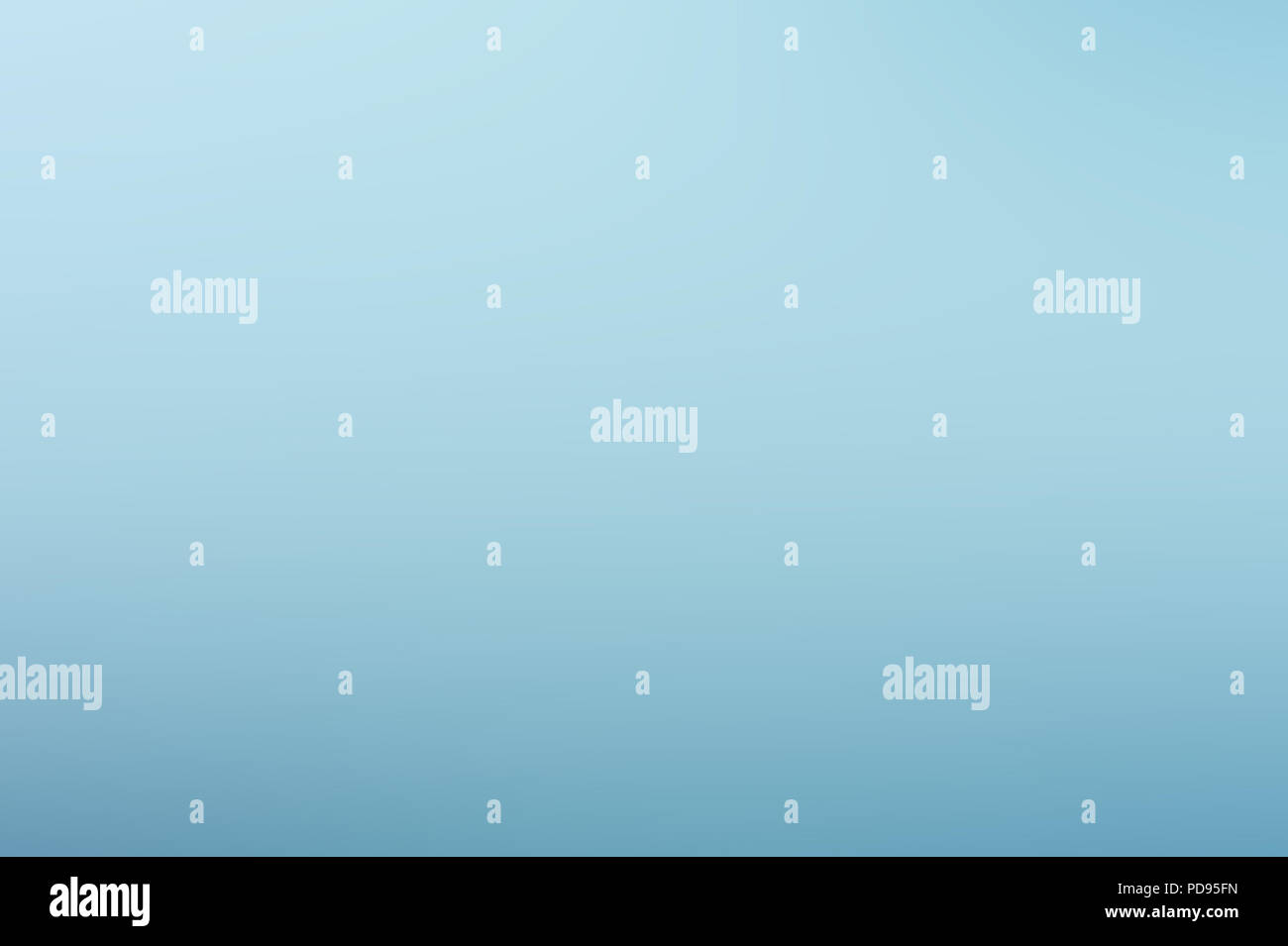 Gradiente hermoso cielo azul claro sin nubes antecedentes Imagen De Stock