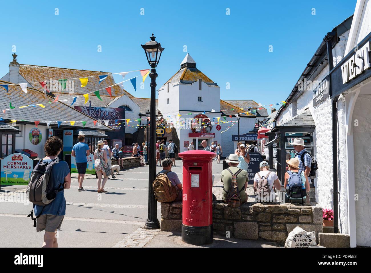Lands End atracción turística en Cornwall, Inglaterra, Gran Bretaña, Reino Unido. Foto de stock