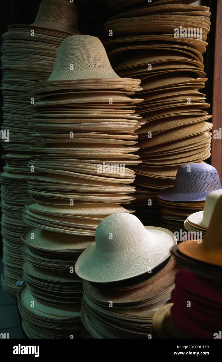 Ecuador Panama Hat Imágenes De Stock   Ecuador Panama Hat Fotos De ... ed155b607ad