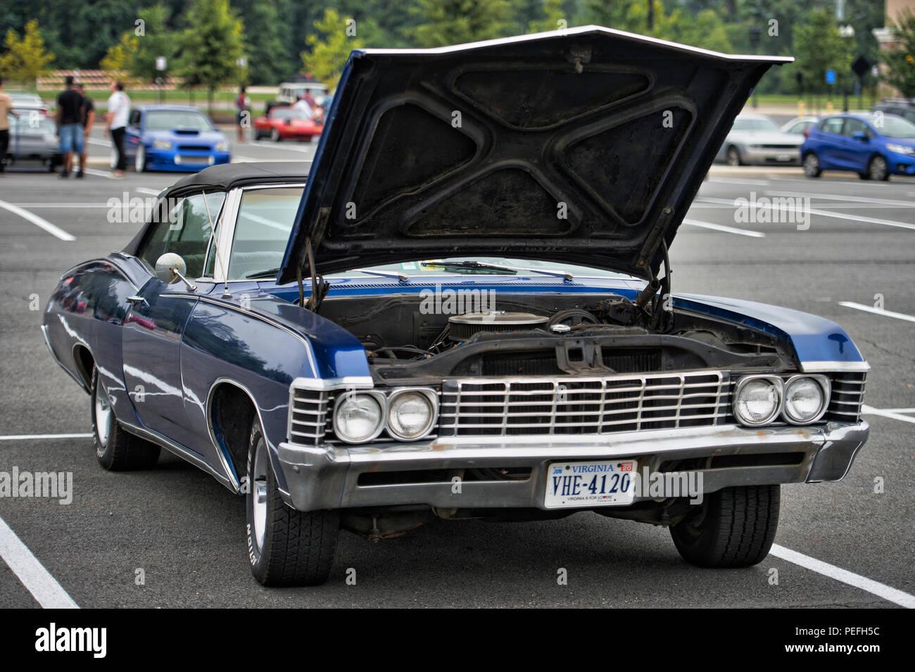 Chevrolet Impala Convertible Fotos E Imagenes De Stock Alamy
