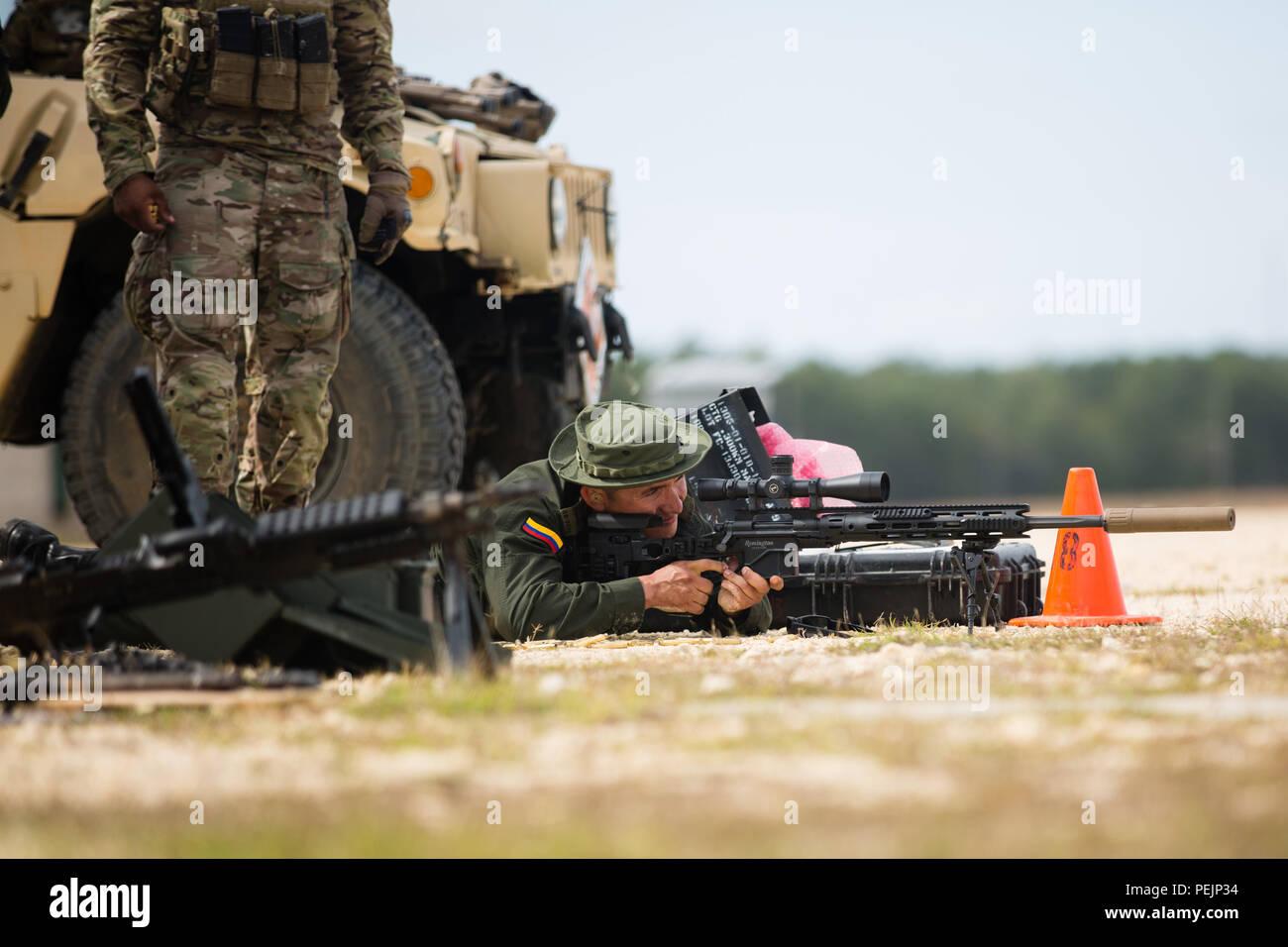 Un Boina Verde asignada al 7º Grupo de Fuerzas Especiales (Airborne) af3f9e02a3c