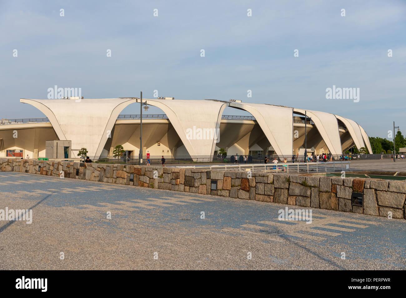 Komazawa Olympic Park Stadium (Murata Masachika Architects), construido para los Juegos Olímpicos de Verano de 1964 en Tokio, Japón Foto de stock
