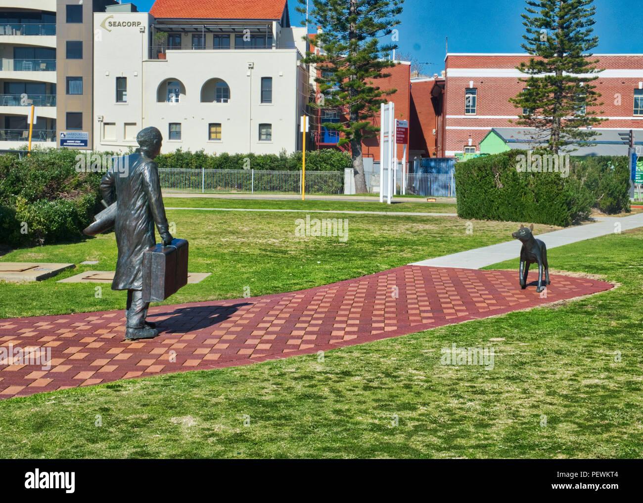 El hombre y el perro tímido estatuas cliff st Fremantle Imagen De Stock