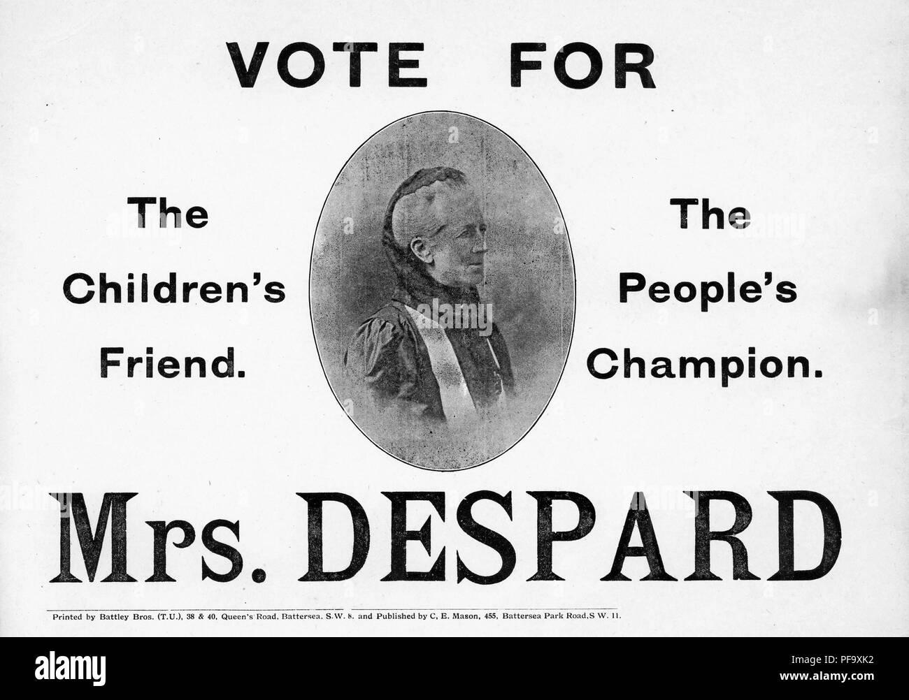 """Póster en blanco y negro, con un busto de perfil de Charlotte Despard, Presidente de la Liga de la libertad de las mujeres en Inglés, y abogan por la independencia de Irlanda, quien permaneció sin éxito como candidato pacifista para trabajo en Battersea en elecciones parlamentarias, subtitulado """"Vote por la Sra. Despard, amigo de los niños, el campeón del pueblo, ' publicado por CE Mason para el mercado británico, 1918. () Imagen De Stock"""