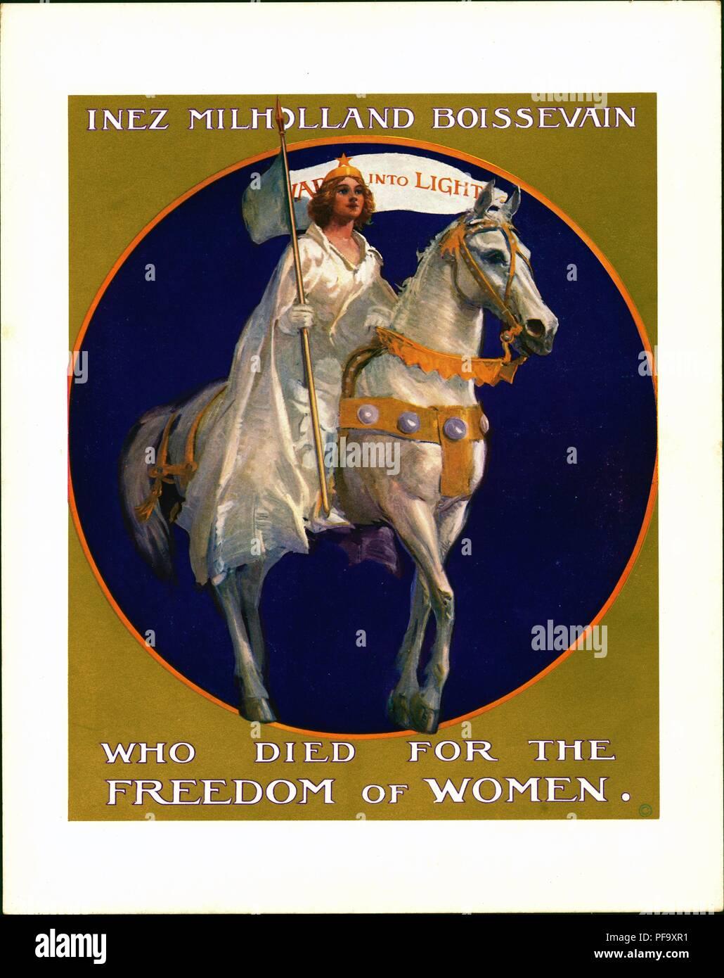 """Blanco, púrpura y oro Póster cartón reproduce una pintura (actualmente en exhibición en Washington DC Casa Sewall-Belmont) del sufragismo Inez Milholland Boissevain, quien murió durante su campaña por la causa en el oeste americano, Inez es representado en el disfraz de un mártir, vistiendo un vestido blanco y manto y sosteniendo un banderín, montando sobre un caballo blanco, con el texto 'Inez Milholland Boissevain' y 'encima que murieron por la libertad de la mujer"""", producida para el mercado americano, 1916. () Foto de stock"""