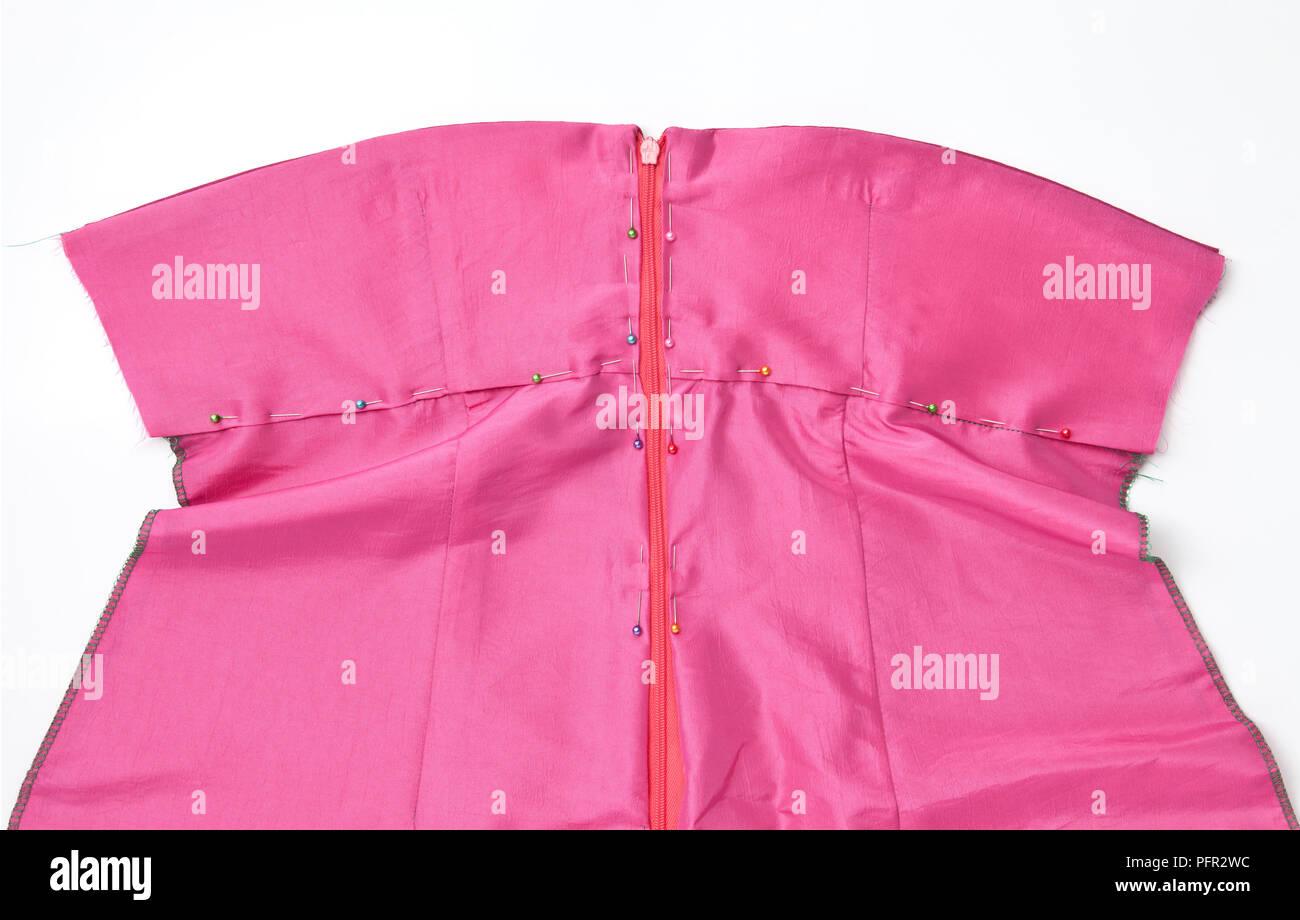 Zip Dress Imágenes De Stock & Zip Dress Fotos De Stock - Alamy