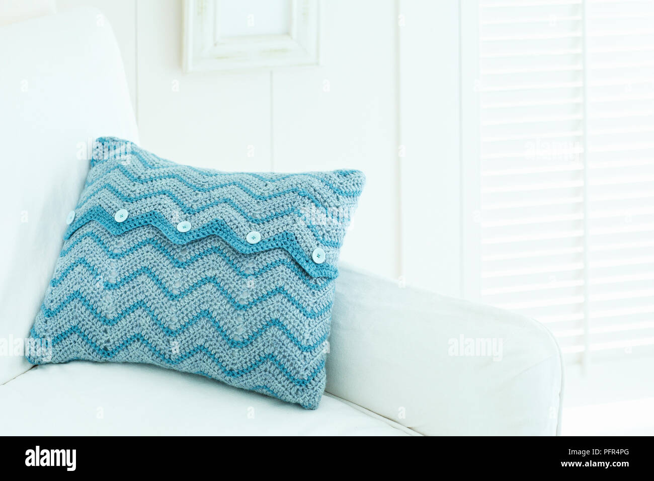 Crochet Cover Imágenes De Stock & Crochet Cover Fotos De Stock - Alamy