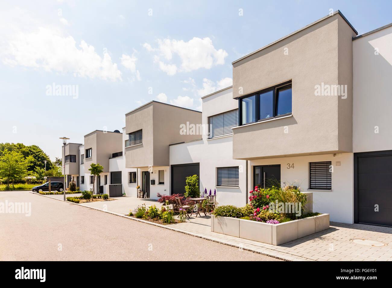 Alemania baviera neu ulm modernas casas unifamiliares for Diseno casas unifamiliares