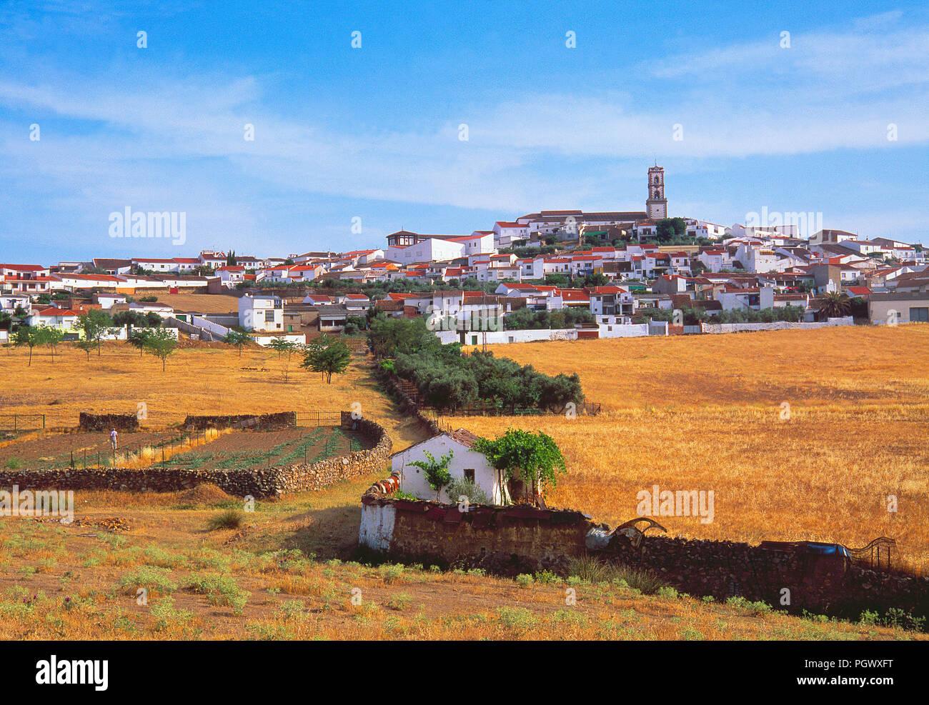 Descripción general. Fuenteobejuna, provincia de Córdoba, Andalucía, España. Imagen De Stock