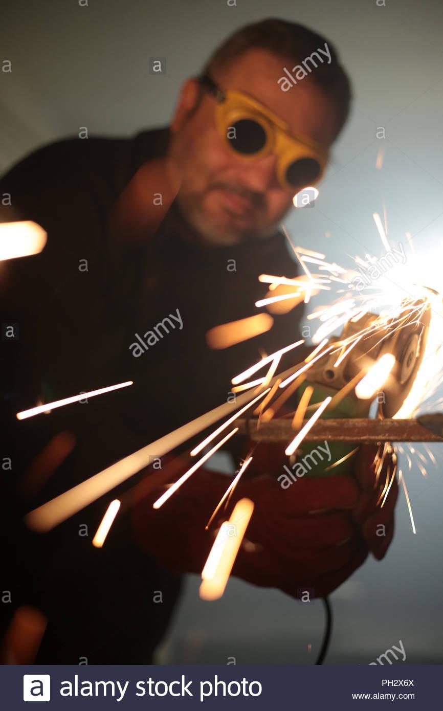 Trabajador de metal de hierro pulido Imagen De Stock