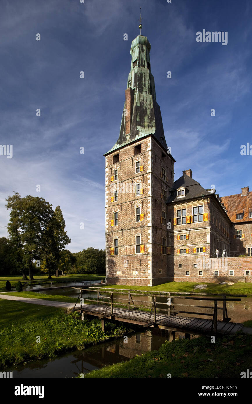 Castillo de agua, tierra, Muenster Raesfeld, Alemania Imagen De Stock