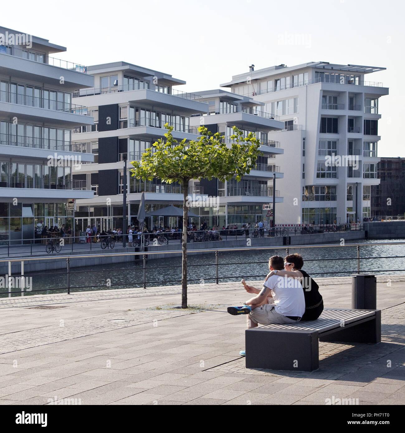 Cultura Isla, Phoenix Lake, Dortmund, Alemania. Imagen De Stock