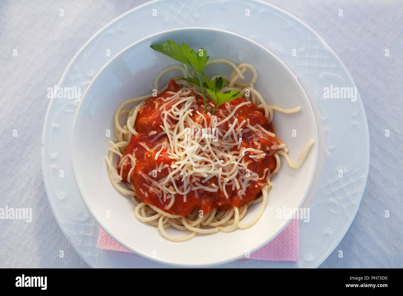 Espaguetis con tomate Imagen De Stock