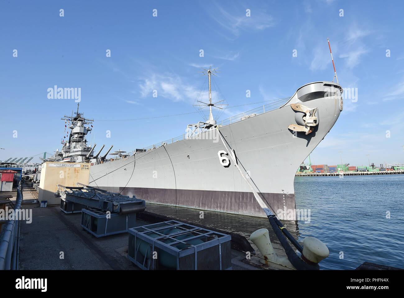 USS acorazado USS IOWA BB-61acogió el estreno de 'Tom Clancy's Jack Ryan' en la noche de la inauguración de la Semana de la flota de Los Ángeles 2018 el 31 de agosto de 2018, en San Pedro, California. Foto:Jeffrey Mayer Imagen De Stock