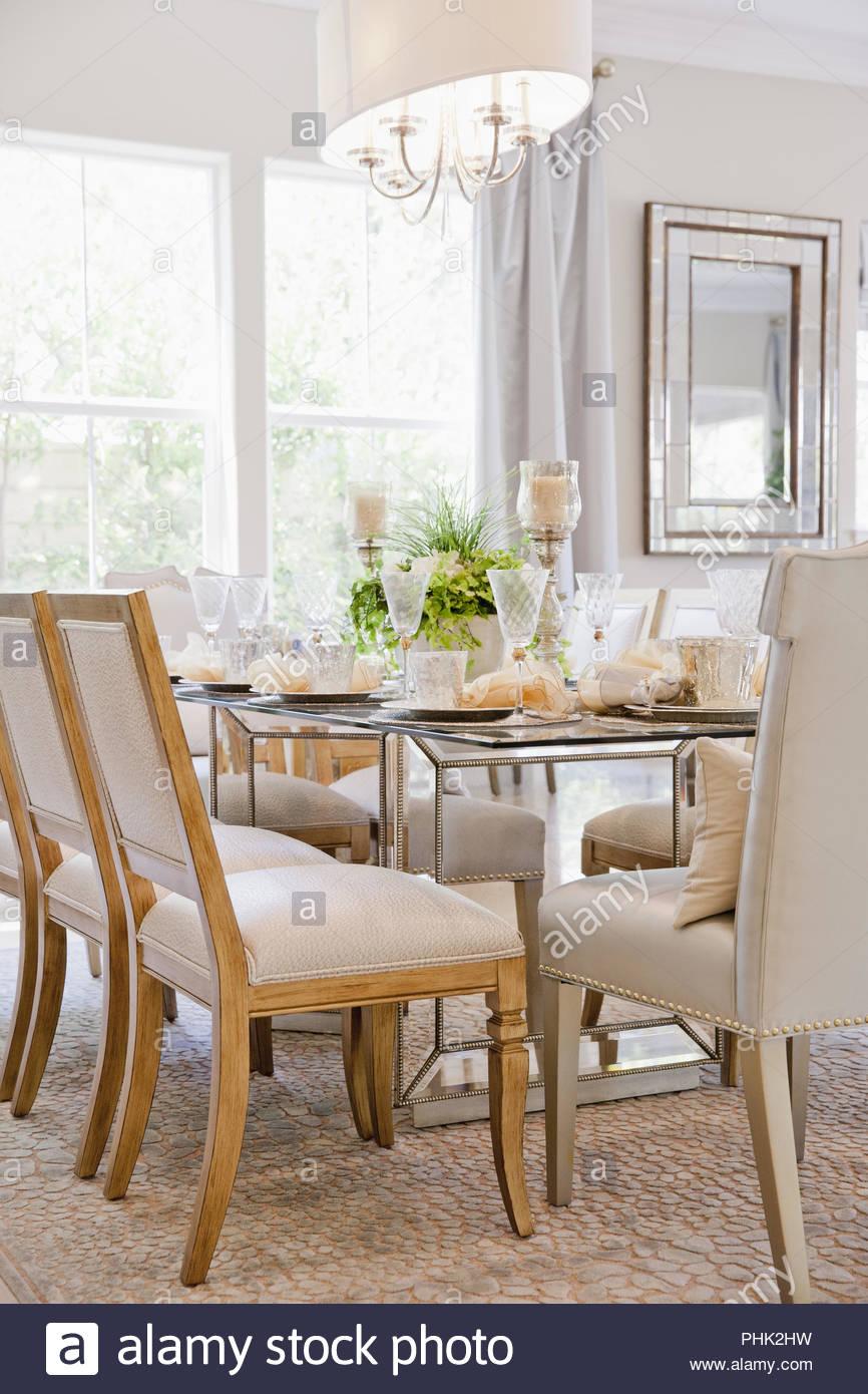 Comedor con mesa Imagen De Stock