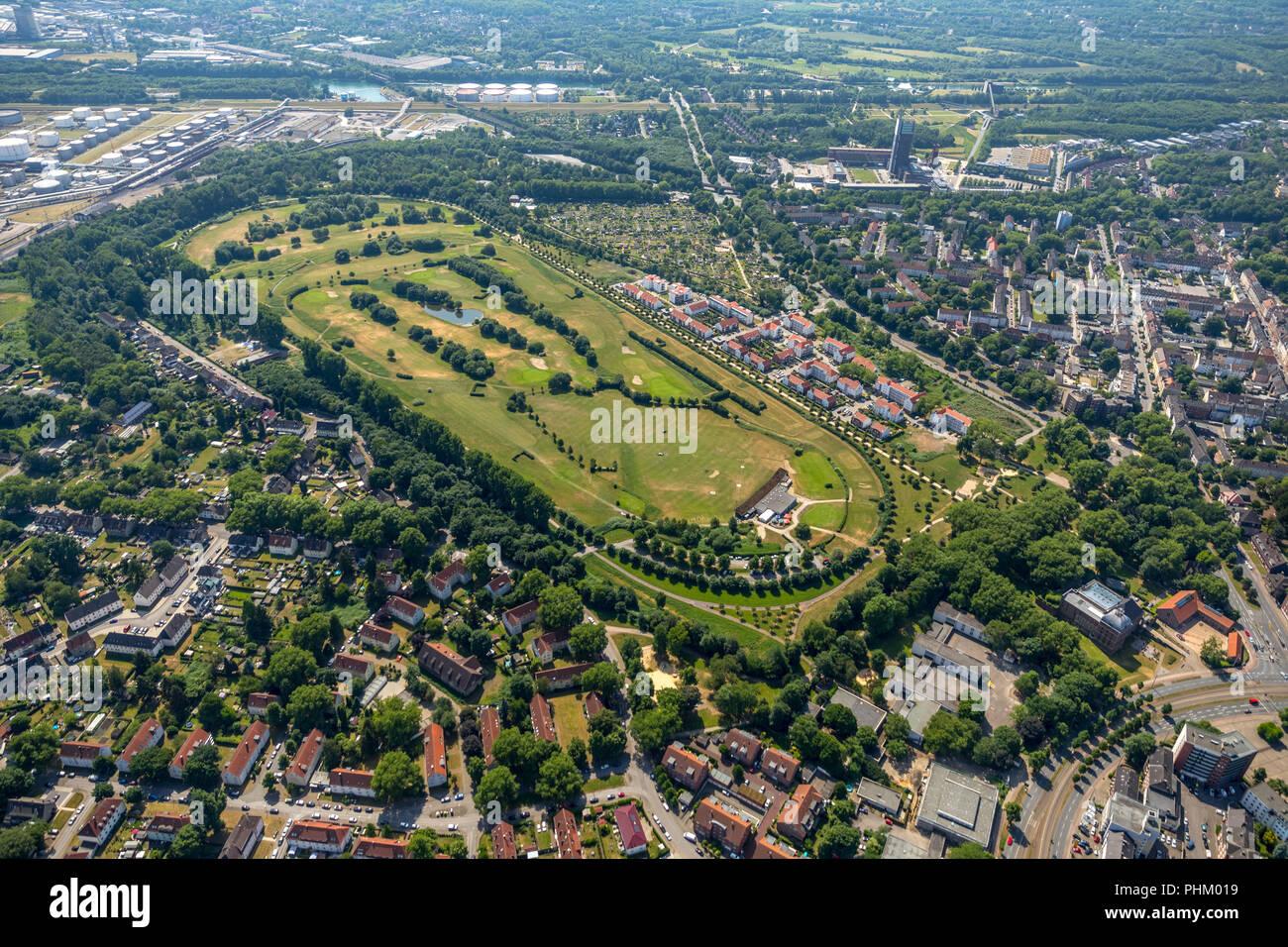 Foto aérea, Golfanlage Schloss Horst, antigua pista de trote Horst, Schloss Horst, zona residencial, casas unifamiliares, edificios de apartamentos, Gelse Imagen De Stock