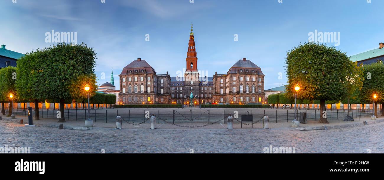 Palacio de Christiansborg en Copenhague, Dinamarca Foto de stock