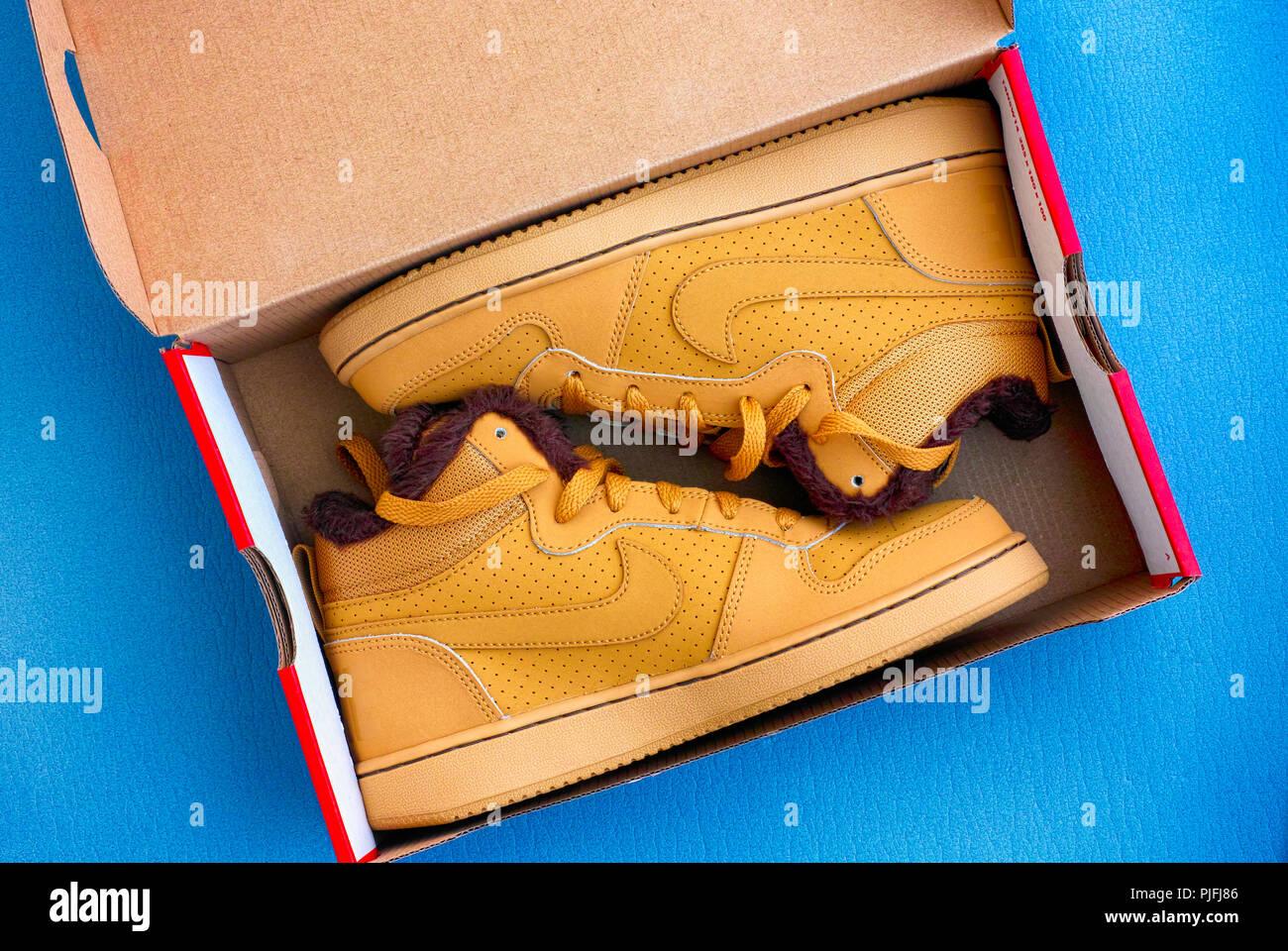 Court Shoe Imágenes De Stock   Court Shoe Fotos De Stock - Alamy 1bae7edd3ca9