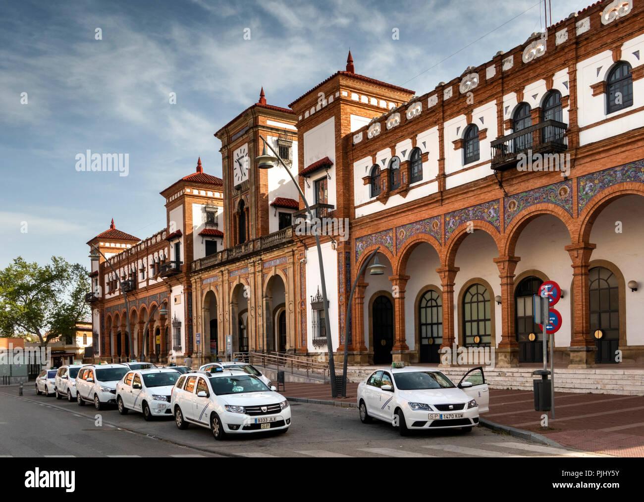 Espana Jerez De La Frontera Estacion De Tren Profusamente