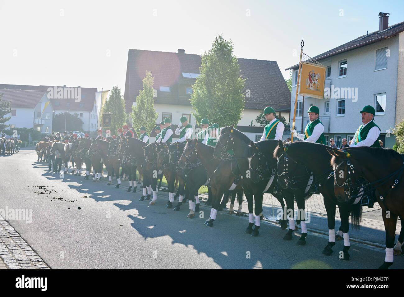 En Schwenningen Blutritt - un jinete procesión, con la solicitud para la salud de los seres humanos y los animales. Imagen De Stock