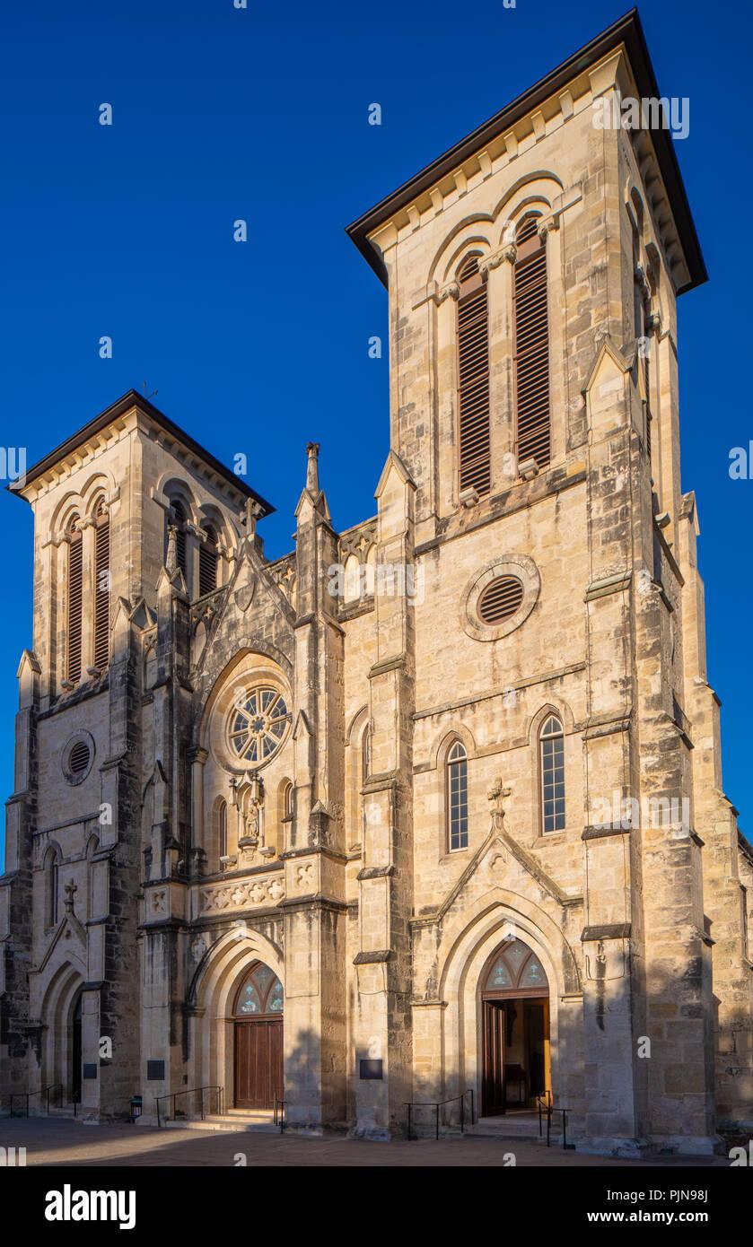 Catedral San Fernando (en español: Catedral de San Fernando) en San Antonio, Texas. Foto de stock