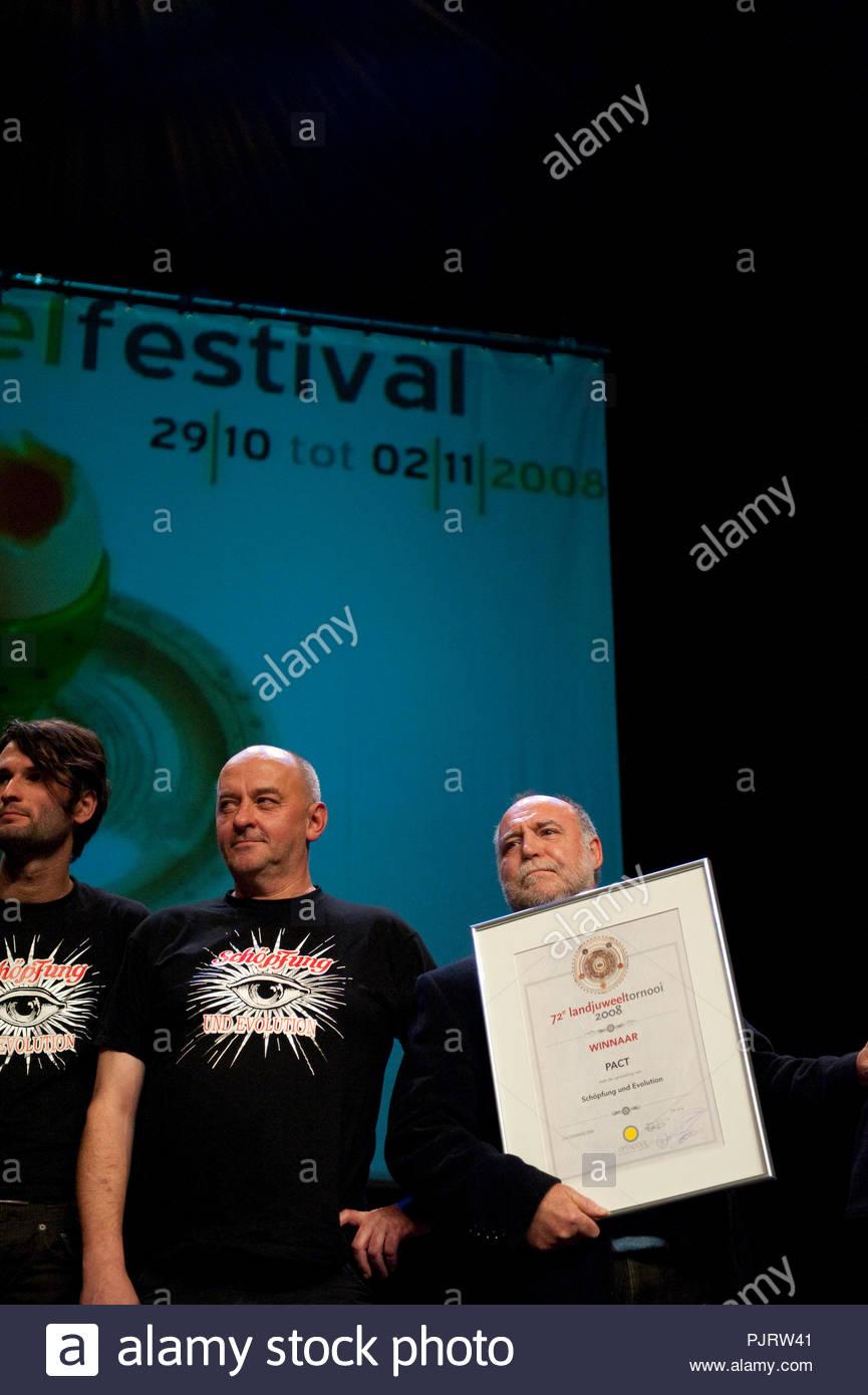 f8daddf50c8d9 Ceremonia de entrega del premio nacional festival Landjuweel en Gante  (Bélgica)