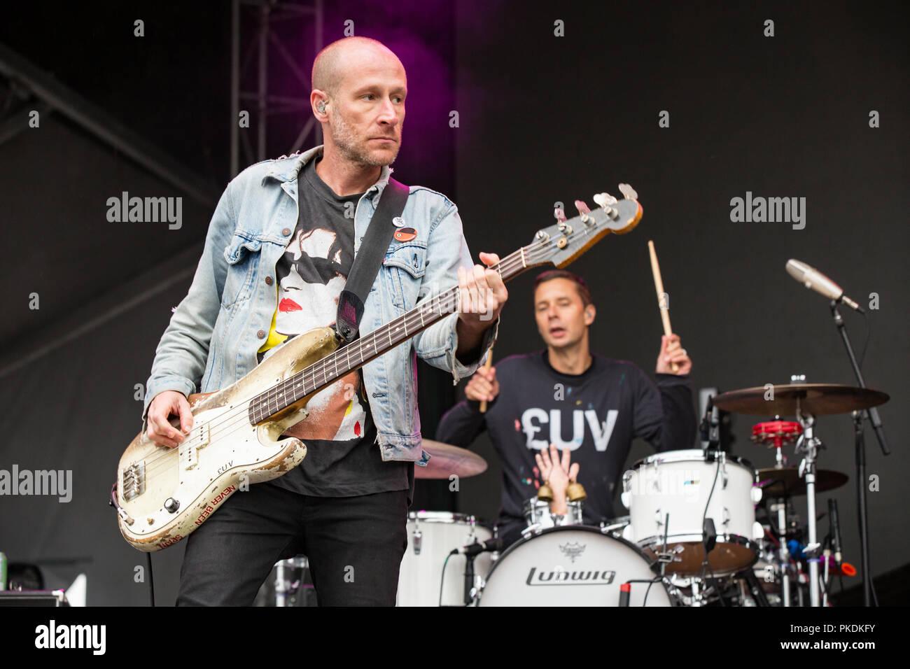 Banda americana Guerra Fría Infantil realizando en Skookum Music Festival en Stanley Park en Vancouver, BC el 7 de septiembre de 2018, Imagen De Stock