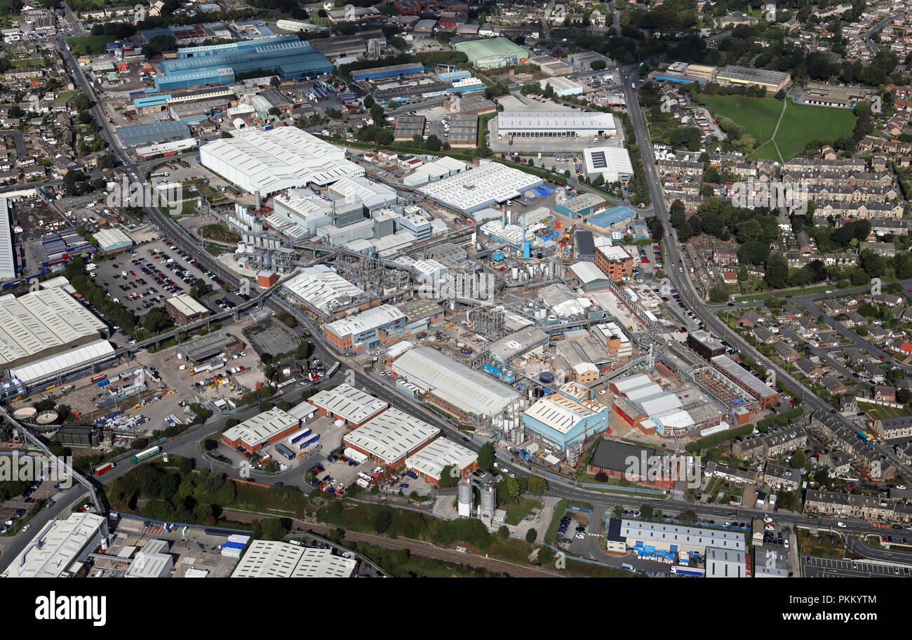 Vista aérea de la química BASF Plc funciona a baja Moor, Bradford, West Yorkshire Imagen De Stock