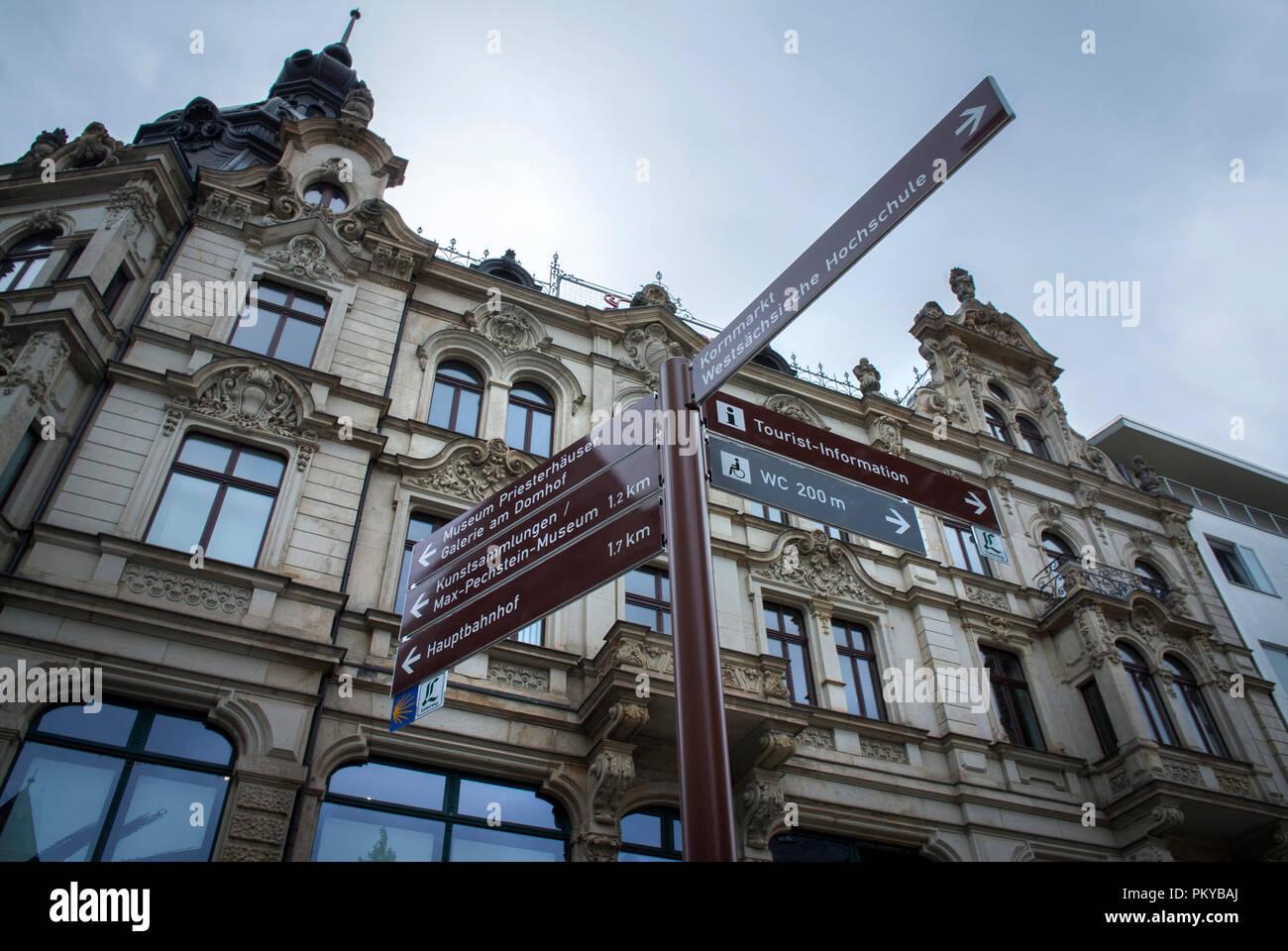 Direcciones en el centro de la ciudad de Zwickau en Sajonia, Alemania. Imagen De Stock
