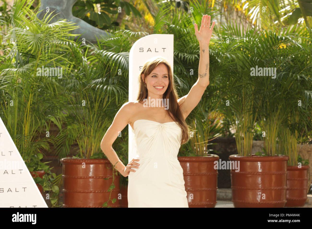 Cancún, México - El 30 de junio de 2010: Angelina Jolie en Columbia Pictures Foto sal llamada retenida en el verano de Sony. Imagen De Stock