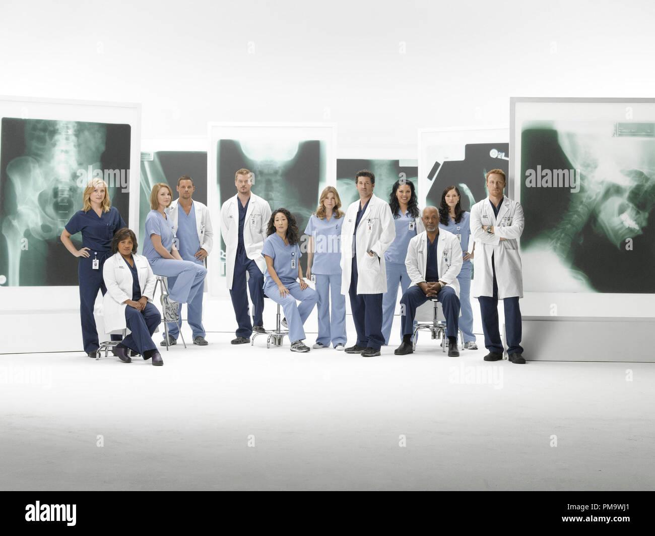Grey\'s Anatomy Cast Imágenes De Stock & Grey\'s Anatomy Cast Fotos De ...
