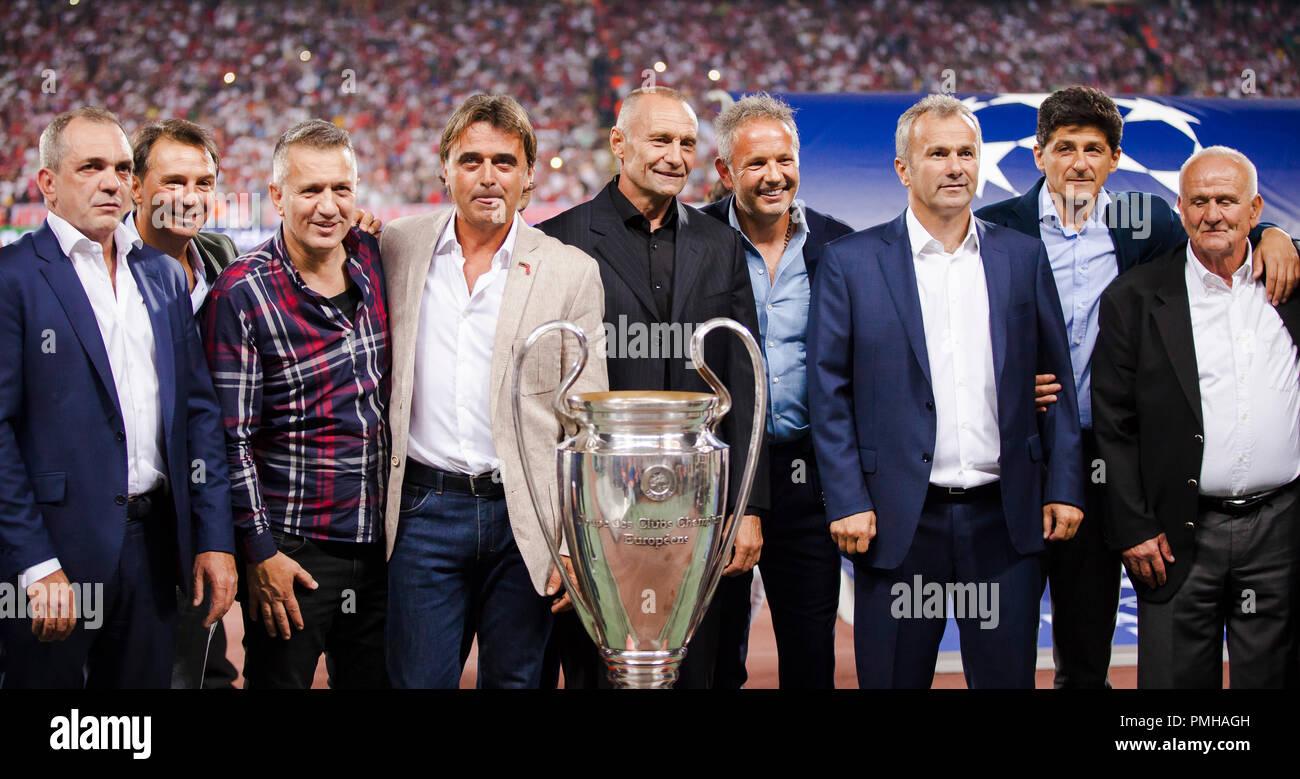 Belgrado Serbia 17 Sep 2018 El Legendario Equipo De Estrella Roja De Belgrado Que Ganó La