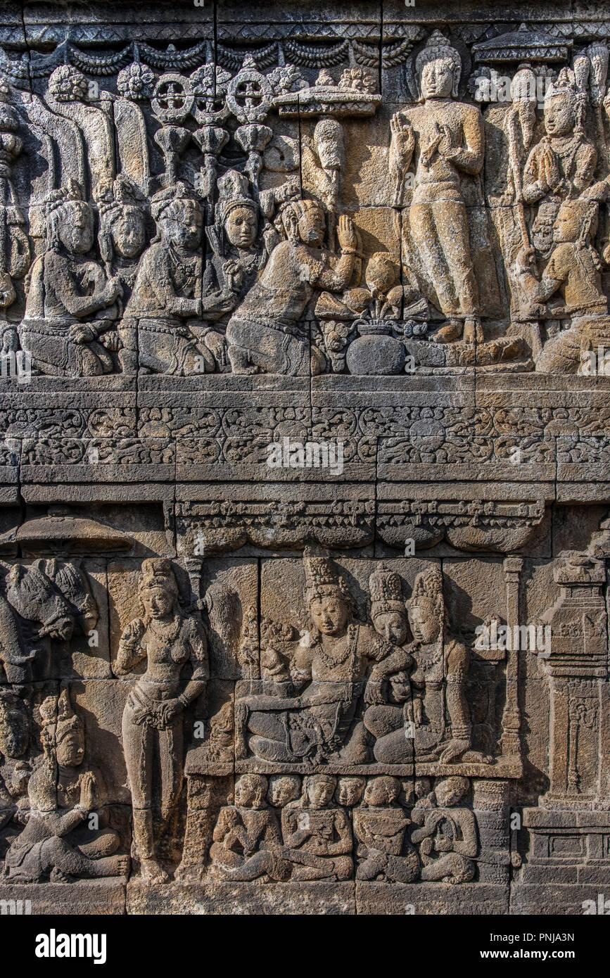 Detalle de los bajorrelieves esculturas, Candi templo budista Borobudur, Muntilan, Java, Indonesia Imagen De Stock