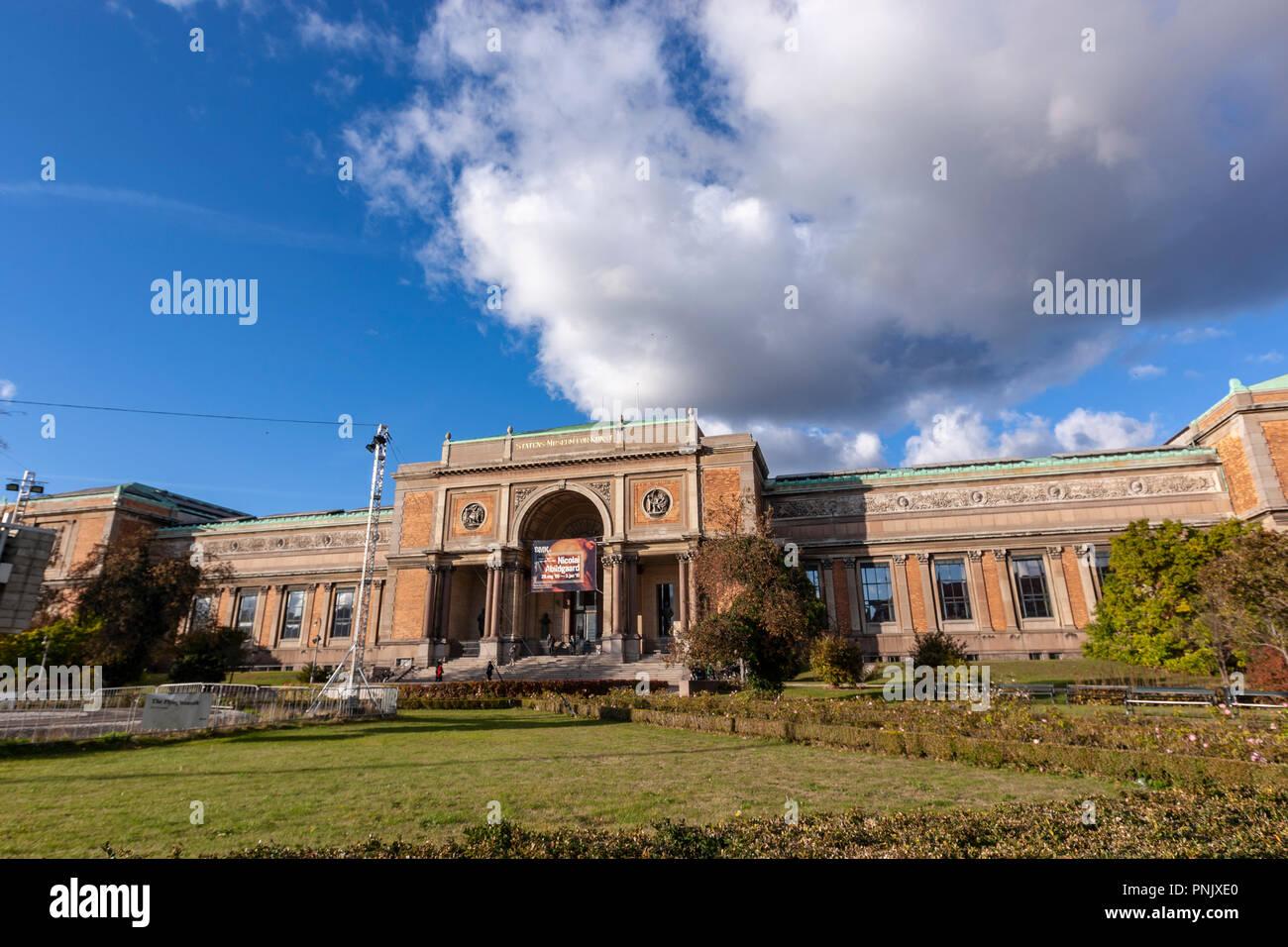 Fachada de la SMK - Statens Museum for Kunst, La Galería Nacional de Dinamarca, Copenhague, Dinamarca Foto de stock