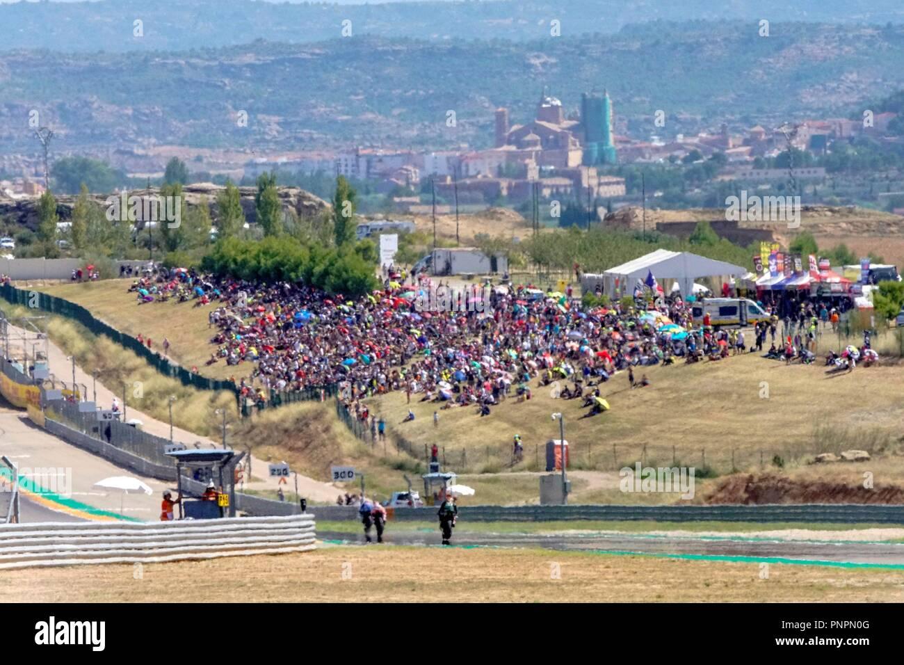 Circuito Alcañiz : Asistir a la sesión de calificación de pilotos de motogp en el